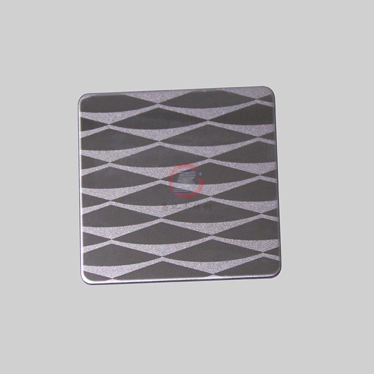 高比304不鏽鋼黑鈦鏡面局部噴砂花紋 2