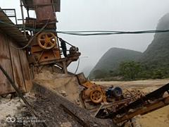 二手日產300噸砂石料生產線破碎機制砂機設備整套低價處理