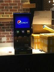 上饒可樂機安裝可樂糖漿學校水吧碳酸飲料機
