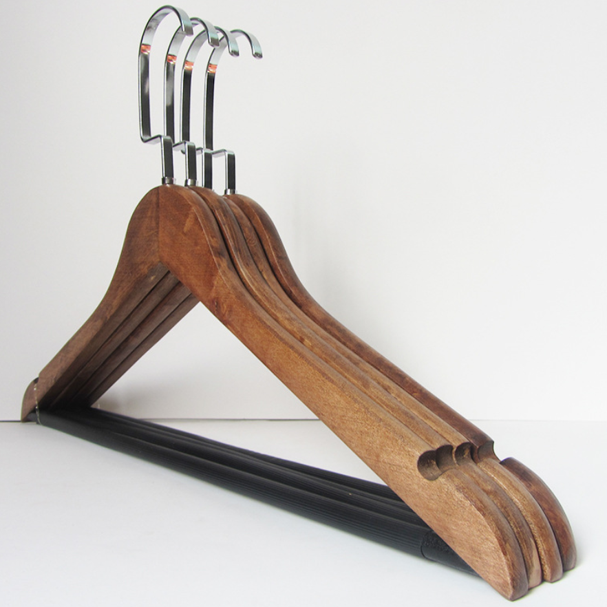 wooden clothes hangers with bar 3