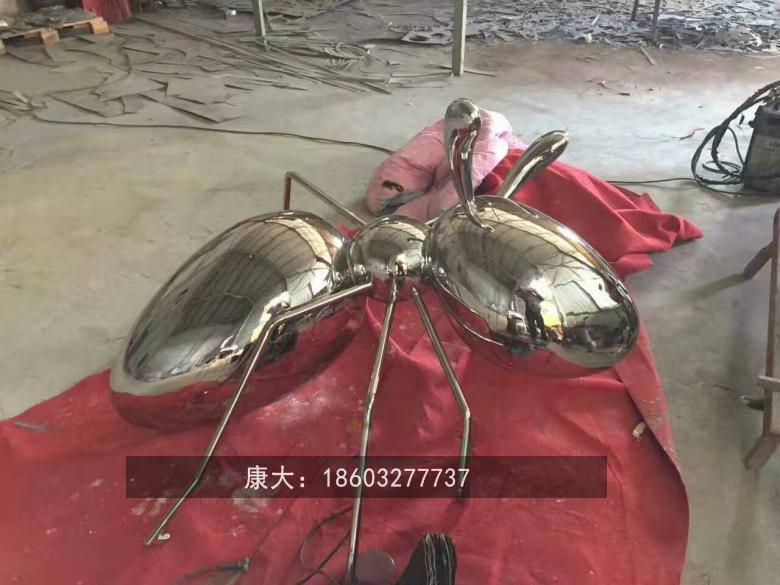 镜面仿真昆虫雕塑不锈钢动物雕塑 3
