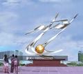大型不锈钢雕塑定制广场地标镜面金属景观 3