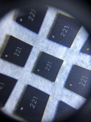 10年專業機械加工 IC保點磨字 IC去字 激光打字 編帶