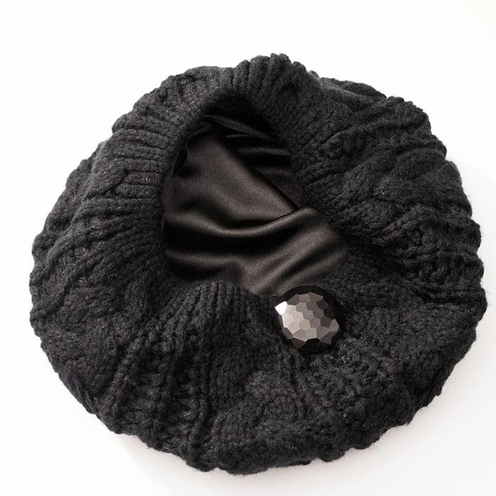 Fashion woman satin lined winter hats keep warm gorros with lana price 1