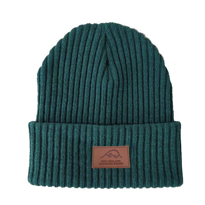 Factory Directly Sale Winter Custom Beanie Knit Warm Beanie Leather Patch