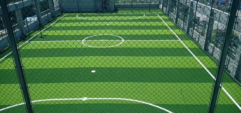 美创笼式足球场人造草坪 1