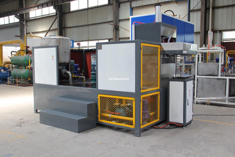第三代环保节能小型鸡场专业蛋托生产设备 3