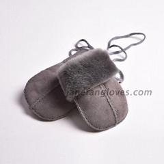 Winter Gloves Windproof Warm Winter Gloves Full Finger Outdoor Mittens For Kids