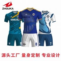 廣州洲卡女生足球服diy定製價格實惠