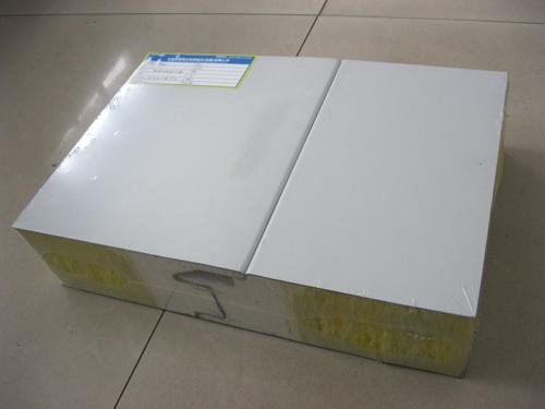 彩钢聚氨酯夹芯板岩棉夹芯板玻璃丝棉夹芯板 3