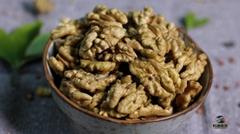 Large quantities of fresh Xinjiang Xiner walnut kernels