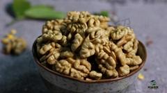 Bulk supply of fresh Xinjiang 185 walnut kernels