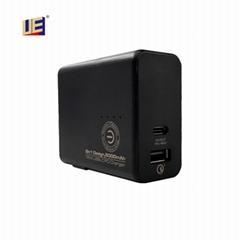 UE Electronic18W二合一移动电源(UES18LU4-SPC-M2)