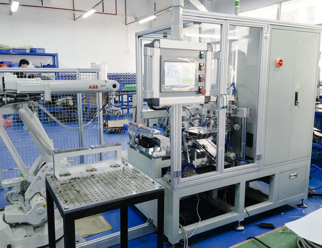 怡合達插油管全自動焊接機 1