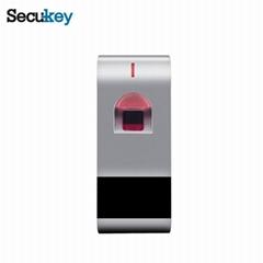 門禁一體機、讀卡器帶USB,更簡單的通過app傳輸用戶信息