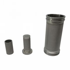 Sintered diffusion bonded metal wire cloth filters