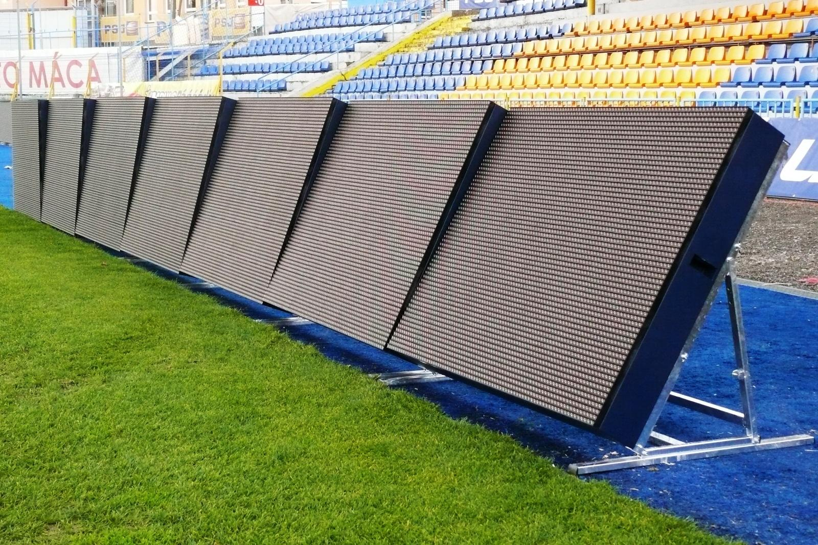 P8mm Outdoor LED Display Full Color High Definition Energy Saving 1