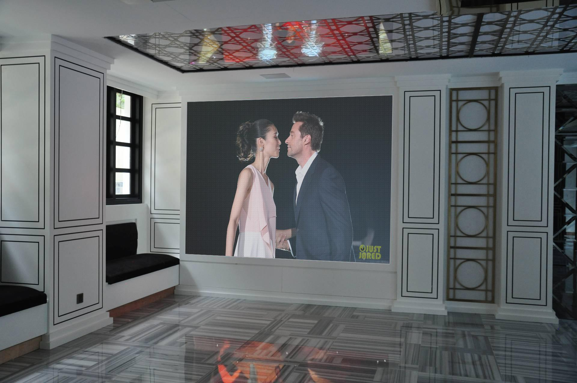 P2mm SMD1010 High Definition Indoor Fixed LED Video Screen Display Video Wall Bo 3