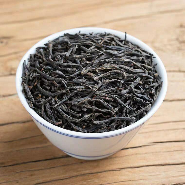 Wuyishan super black tea Zhengshan small tea 1