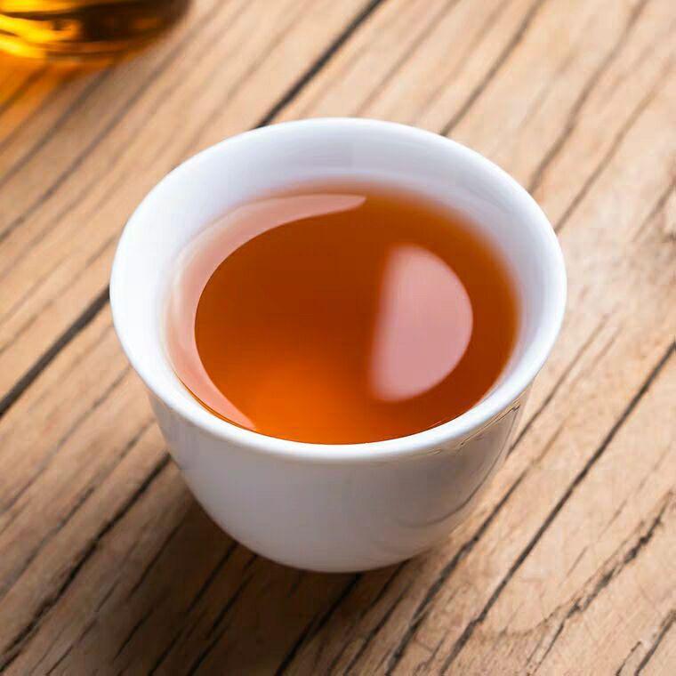 Wuyishan super black tea Zhengshan small tea 4
