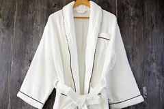 China Supplier 100% Cotton Jacquard Weave Terry Bathrobe