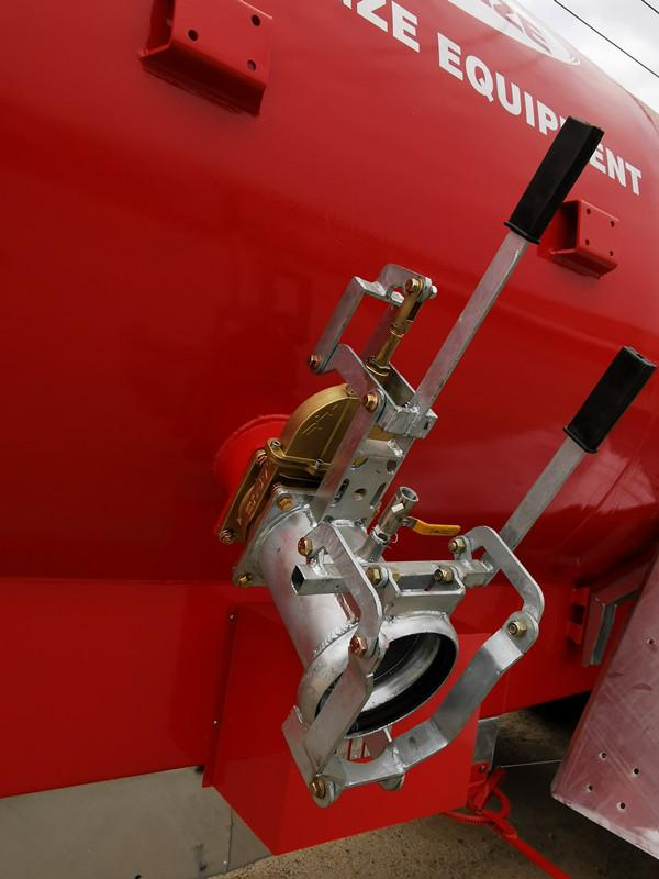 New type advanced towable liquid manure muck fertilizer tanker spreader for gras 3