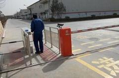 海口停車場道閘藍牙遠距離道閘海口智能遙控道閘