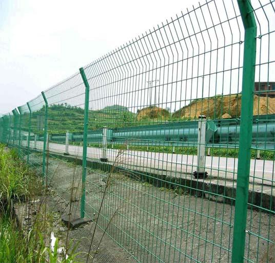 3D Curved Sshape High Security Fence System Railway Metal Wire Fence  2