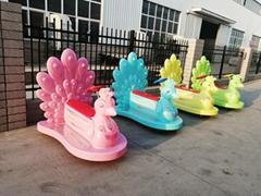 廣場戶外商場儿童遊樂車電動發光閃燈孔雀碰碰車遊樂設備