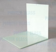 Porcelain white laminated glass