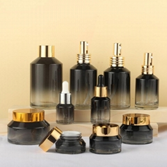 Latest New Design Round Square Perfume Glass Bottle Cosmetic Set with Pump