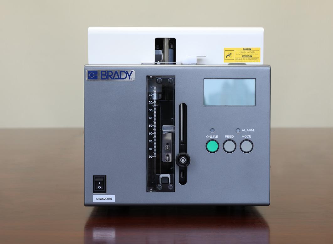 Brady LA1試管打印貼標一體機 1