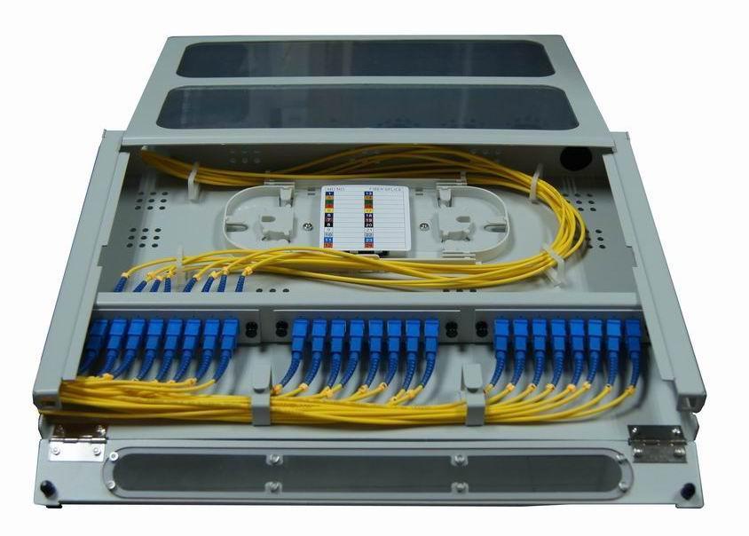 抽拉式透明翻盖光纤终端盒24芯 3