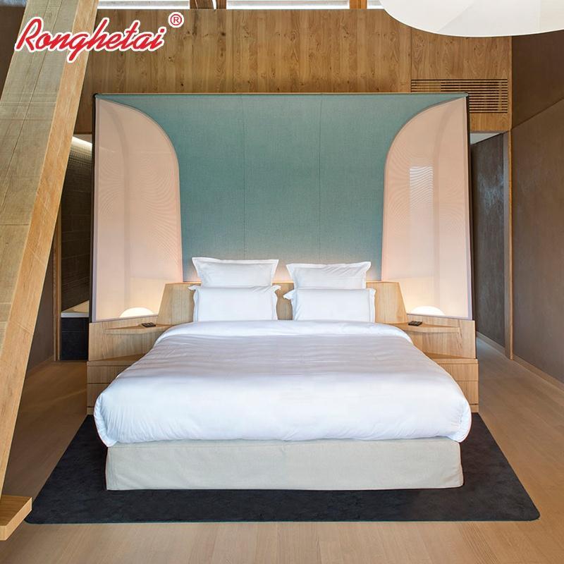 Ronghetai Hot Sale Italian Classic Bedroom Set Bed Hotel Furniture (AQH7) 1
