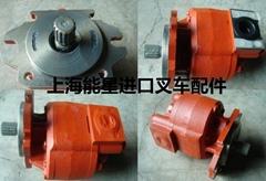 92G71-00100三菱6D16液压泵齿轮泵叉车配件岛津KAYABA