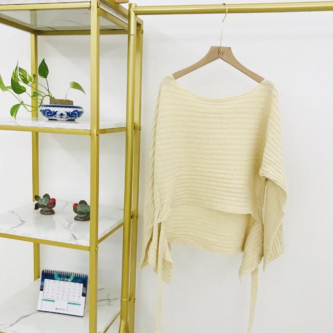 Straight neck front short back long fashion women's knitting Pullover 2
