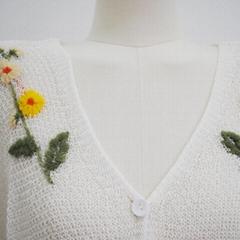 白色v領長袖針織短毛衣女女士