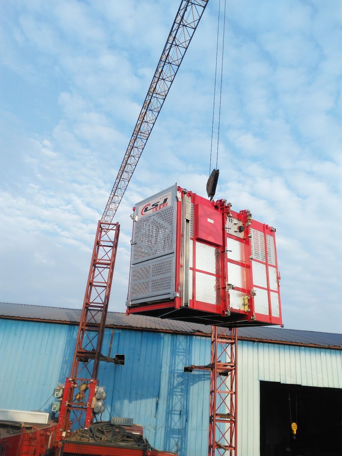 Industry Lift Construction Elevator Passenger Hoist with Tower Crane 3