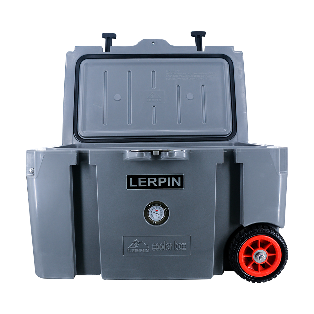 New design 50QT plastic rotomolded cooler box with wheels 2