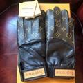 LOUIS VUITTON × SUPREME Leather Baseball Gloves Monogram Brown red