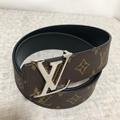 Louis Vuitton LV Initials 40 Reversible Belt M9043U luxury brand fashion buckle