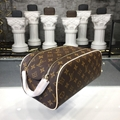 Louis Vuitton King Size Toiletry Bag M47528 purse wallet luxury cluthes bags LV