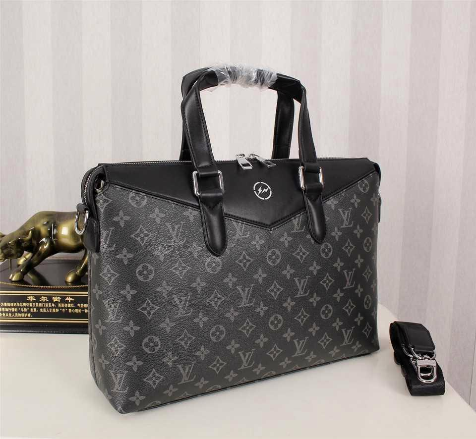 LOUIS VUITTON x FRAGMENT Men Tote bag