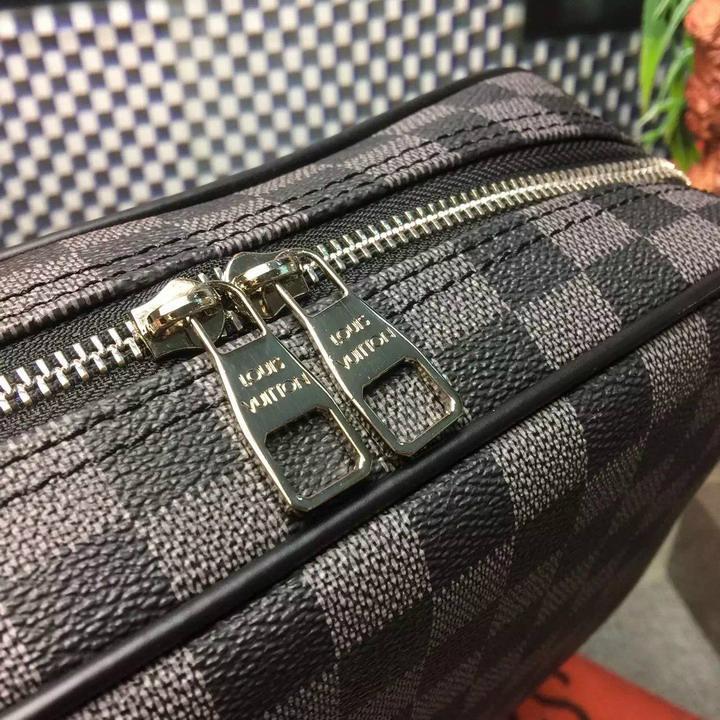 Louis Vuitton TOILET POUCH PM