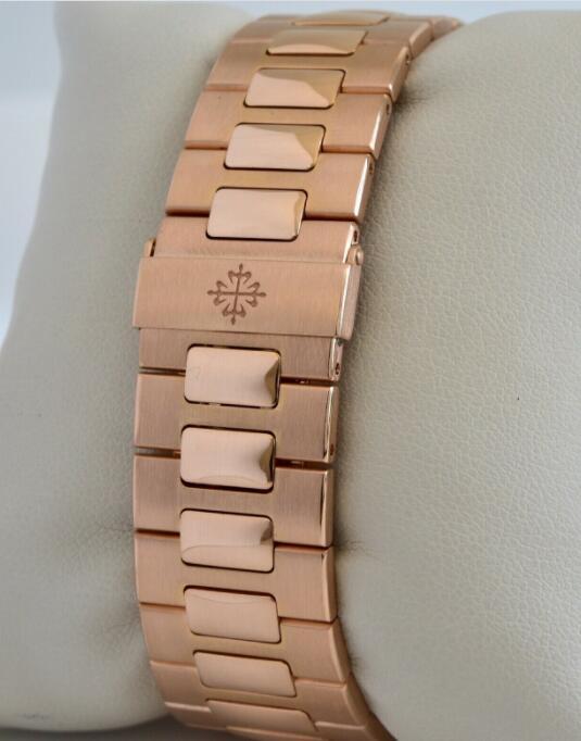 Patek Philippe Nautilus 18k Rose Gold Brown Dial Mens Watch Box/Papers 5711/1R 6
