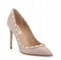 Valentino Garavani Rockstud Leather 100mm Pump Ladies smooth calf leather pump