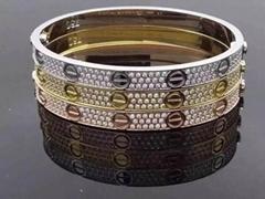 Cartier Diamond Love bracelet Unisex Cartier luxury design bangle
