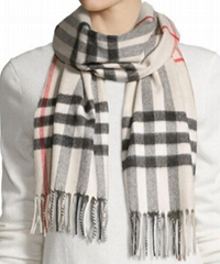 Giant Check Cashmere Scarf          check classic scarf