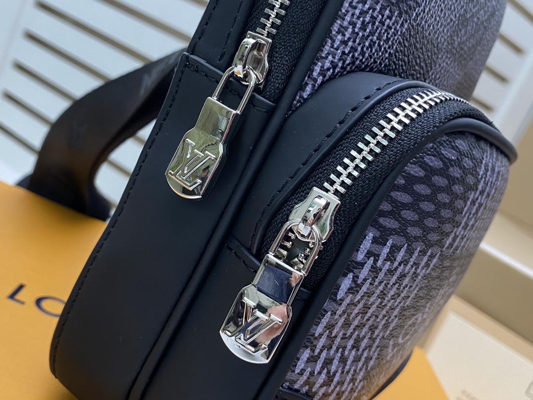 Men's Freddie Vintage Check Camera Bag men design bag  4