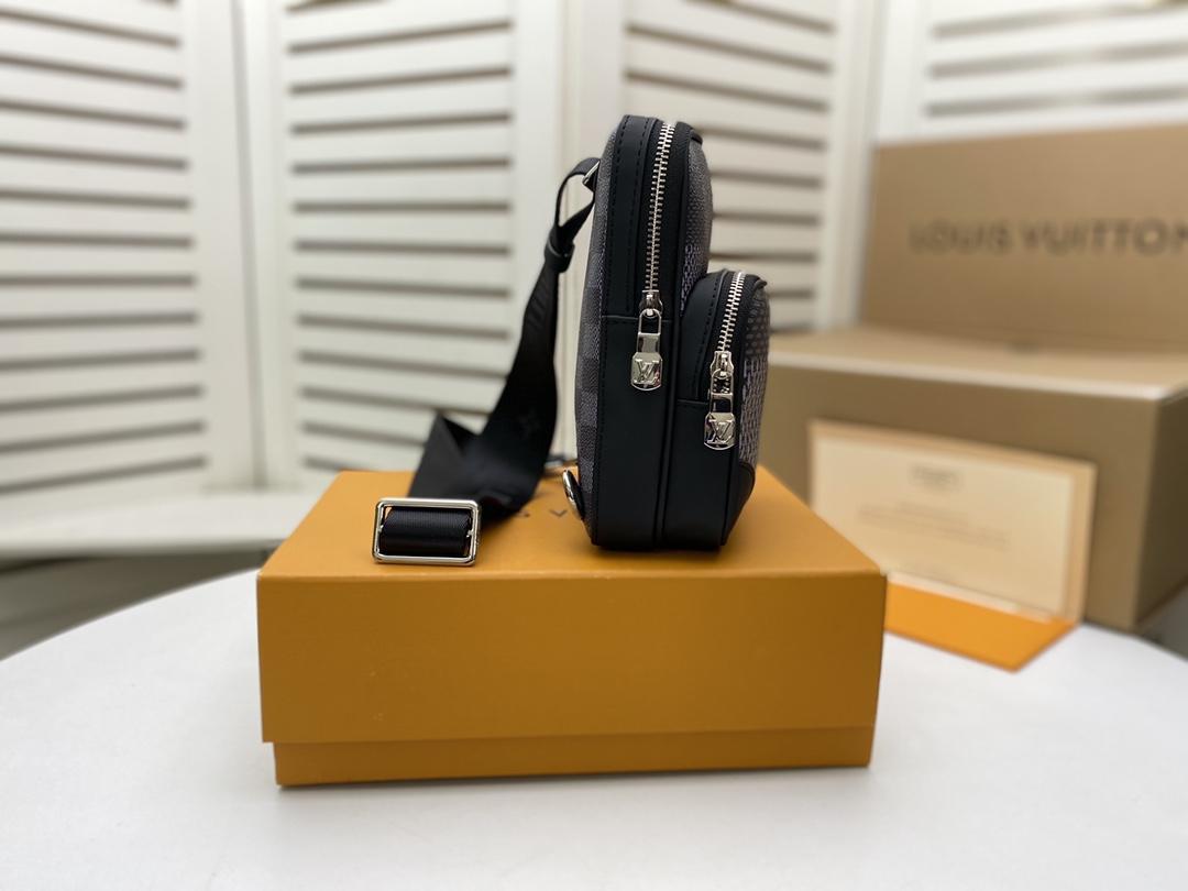 Men's Freddie Vintage Check Camera Bag men design bag  8